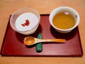 手作りの杏仁豆腐です。写真