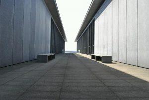 兵庫県立美術館 風のデッキの写真